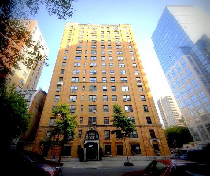 Upper West Side Apartments: Adam Ashkenas Manhattan Real